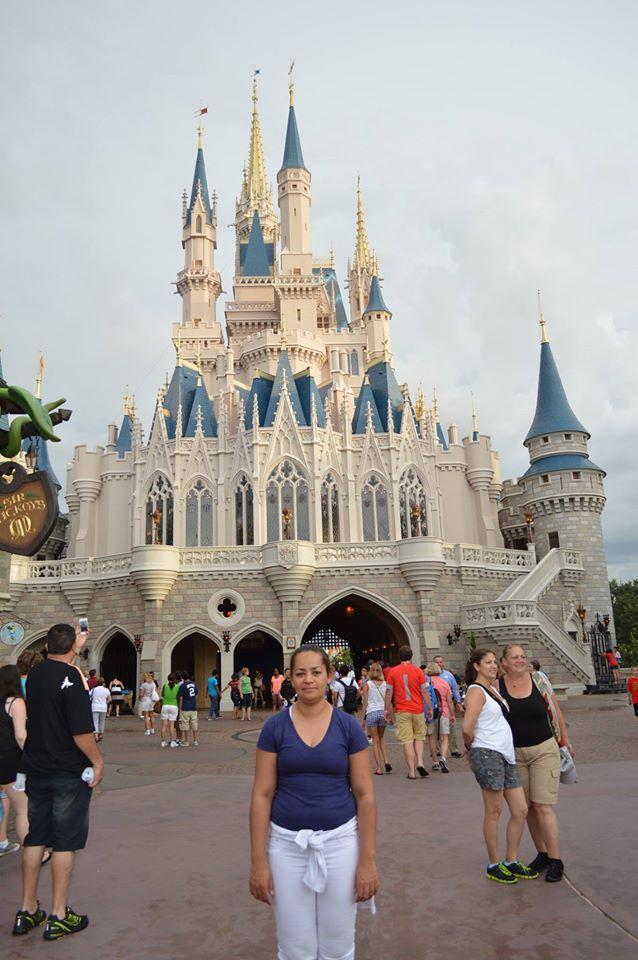 Ivonete durante viagem a trabalho à Disney