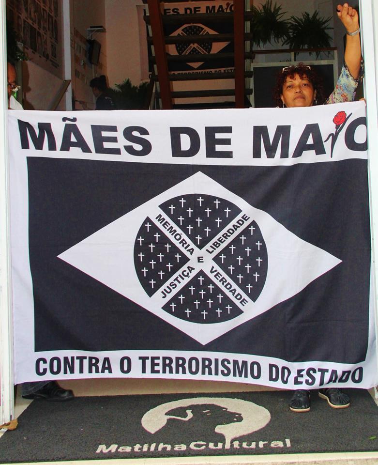 """""""A lei (Lei 15501/2014, que instituiu a 'Semana Estadual das Pessoas Vítimas de Violências no Estado de São Paulo') foi sancionada em setembro de 2014 ."""
