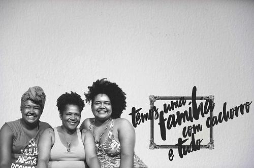 Historias de 4 famílias e seus diversos formatos, entorno do contexto dos LGBT's e a homoafetividade.