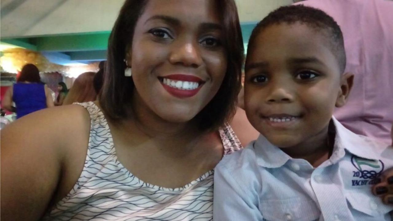 Mirtes Renata e seu filho Miguel